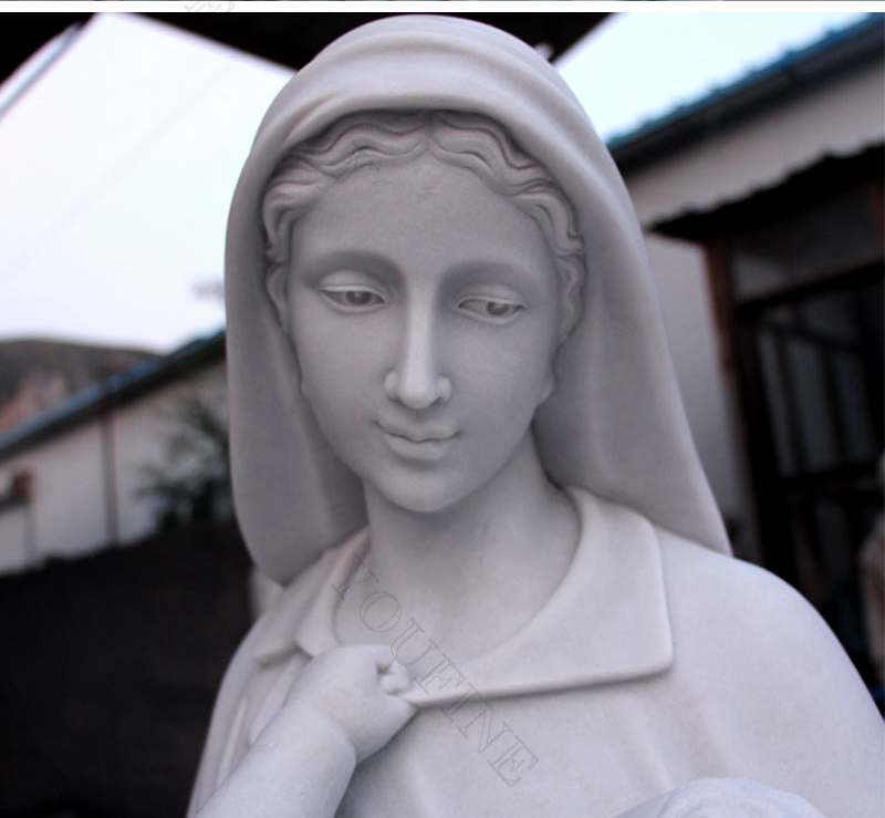 Life Size Madonna and Baby Jesus Outdoor Statue for Sale
